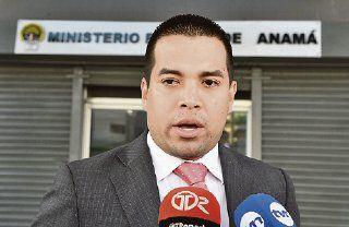 Fiscalía le impide salida del país a exviceministro Camacho González