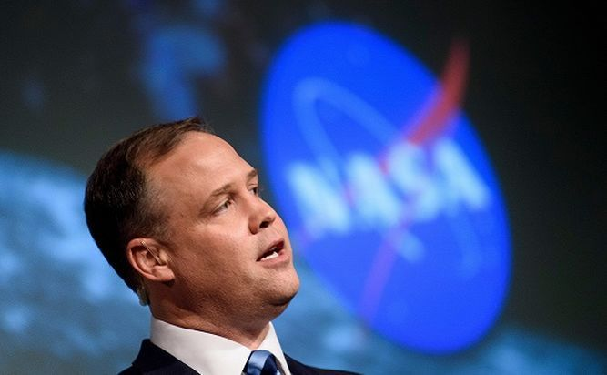 La NASA aprieta el acelerador para regresar pronto a la Luna