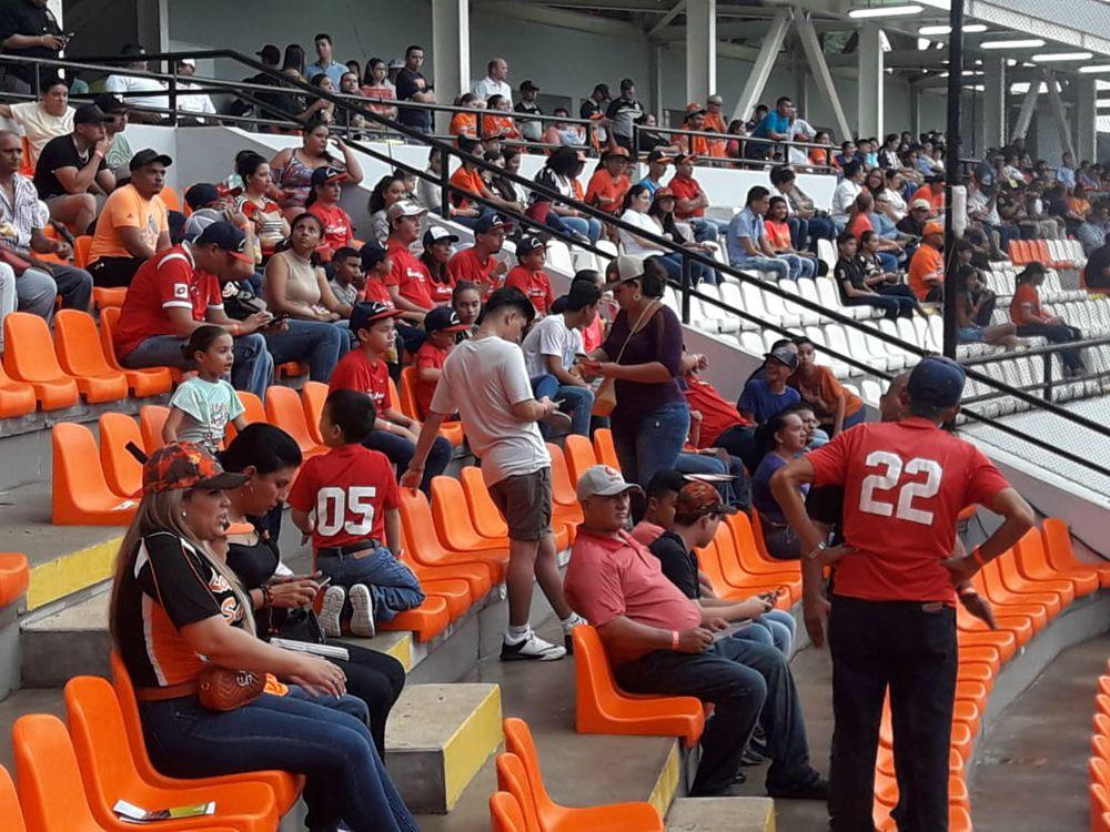 Ponen a prueba estructura del nuevo estadio de béisbol Roberto Flaco Bala Hernández