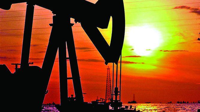 Ventas de petróleo caen a menor nivel