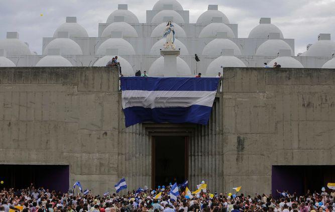 Católicos nicaragüenses exigen libertad de detenidos en protestas antigubernamentales