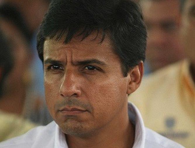 Le niegan fianza para no ser detenido al exministro Federico Suárez
