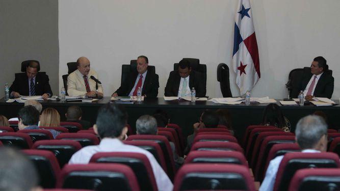 Postergan debate de reformas electorales hasta la próxima semana