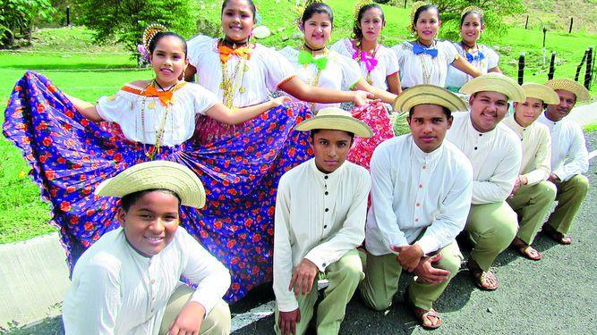Folclore panameño en Costa Rica