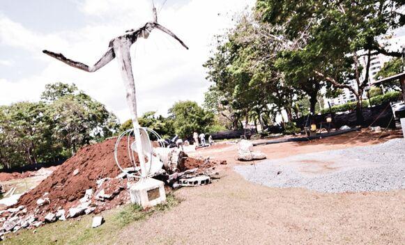 Artistas de Argentina y Costa Rica reprochan destrucción de murales