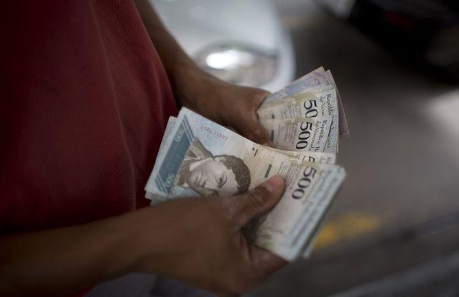 Venezuela: oposición llama a paro nacional tras medidas económicas del presidente Maduro