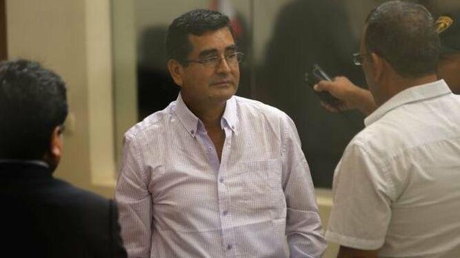Condenan a ocho años de cárcel a exgobernador peruano por caso Odebrecht