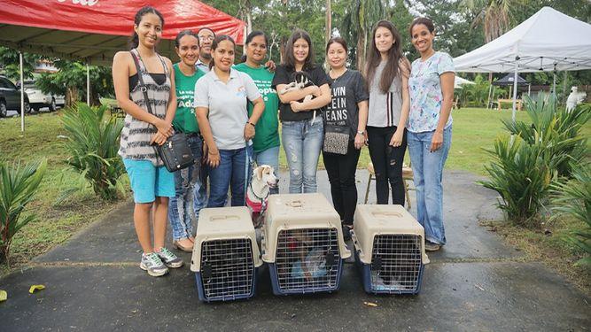Se realizó el BBQ & Pet Day, organizado por Holiday Inn de Ciudad del Saber