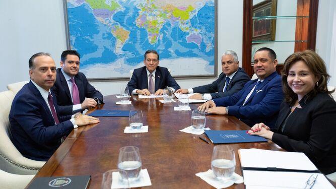 Presidentes de los tres órganos del Estado diseñan estrategia para sacar a Panamá de la lista del GAFI