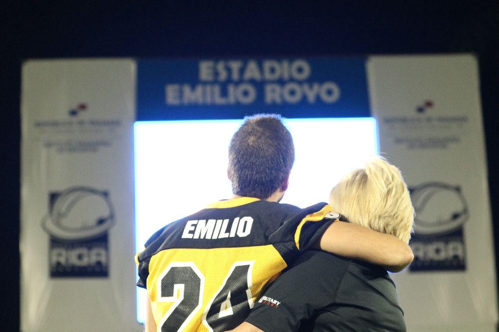 Inauguran el nuevo estadio de 'football' americano Emilio Royo