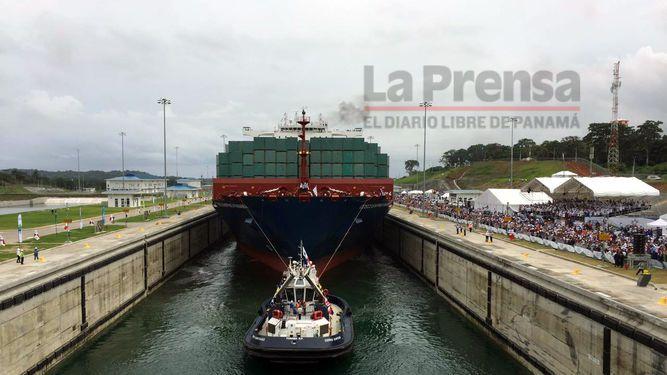 Cosco Shipping Panama avanza por el Canal ampliado