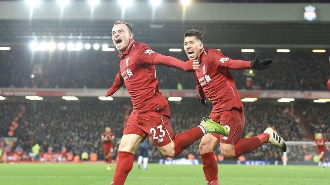 Liverpool vuelve a tomar la punta en Inglaterra