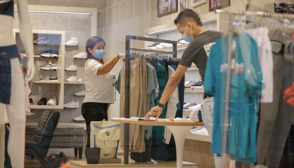 Empresas plantean acciones  para estimular el consumo