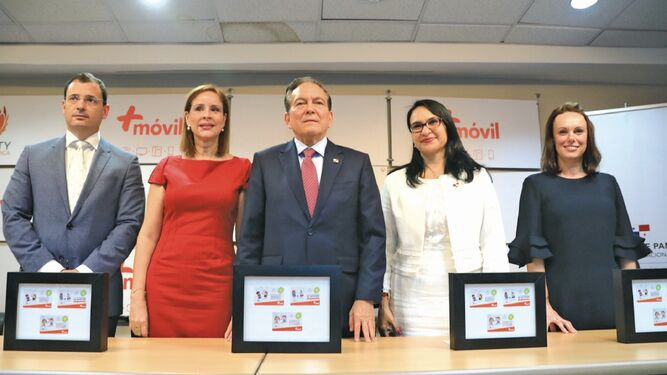 Más Móvil lanza 3 millones de tarjetas conmemorativas a la 'Primera infancia'