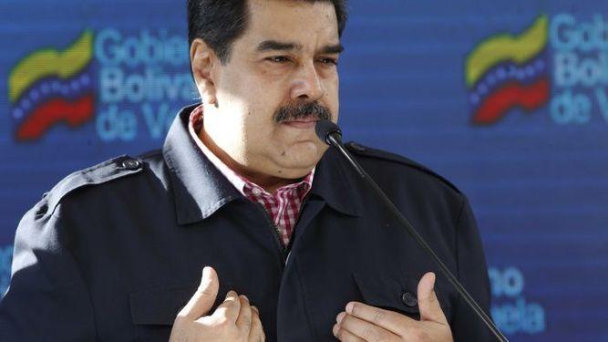 Maduro rechaza sanciones de Estados Unidos contra el banco de Venezuela