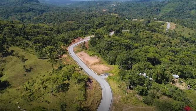Veraguas: carretera El Guabal-Río Luis-Calovébora tiene 74% de avance