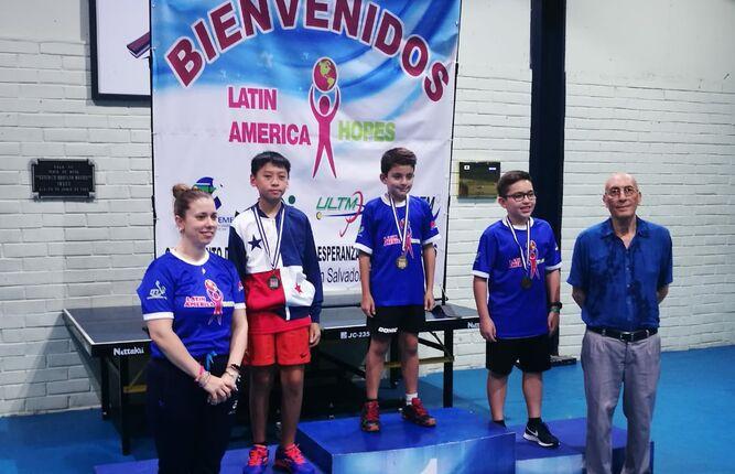Ian Mock clasifica al Hope Latinoamericano de tenis de mesa