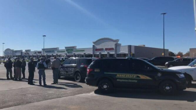 Tiroteo deja tres muertos en un supermercado en Oklahoma, Estados Unidos