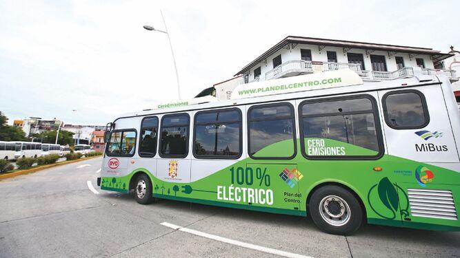 Plan de movilidad eléctrica aspira a reducir emisiones
