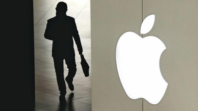 Apple prevé costear 'podcast' originales para competir con rivales