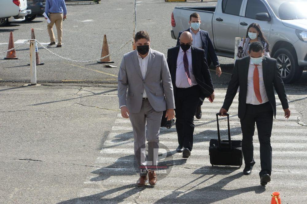 Imputan cargos a cuatro hombres por el caso de las bolsas de comida de Panamá Solidario