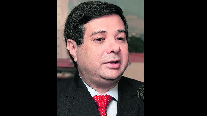 Asamblea archiva denuncias contra Varela y magistrados