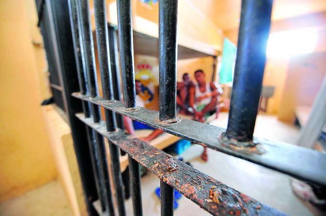 Redes de corrupción operan en cárceles