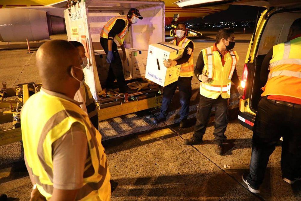 El undécimo lote de vacunas de la Pfizer llega a Panamá con 77,220 dosis