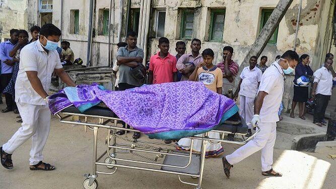 Ocho explosiones dejan al menos 207 muertos en Sri Lanka