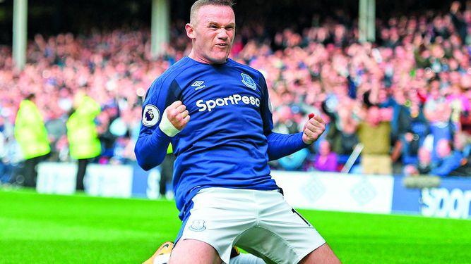 Rooney fue el héroe en su regreso al Everton