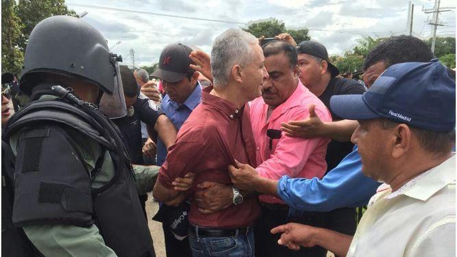 Liberan a diputado que fue arrestado durante manifestación en Veraguas