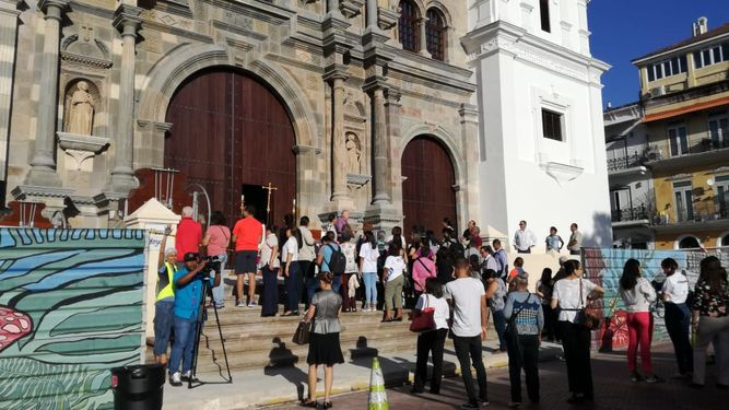 La catedral de San Felipe abre sus puertas