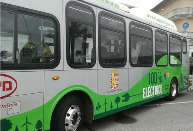Transporte Público de Pasajeros compra bus eléctrico para ruta al Casco Antiguo