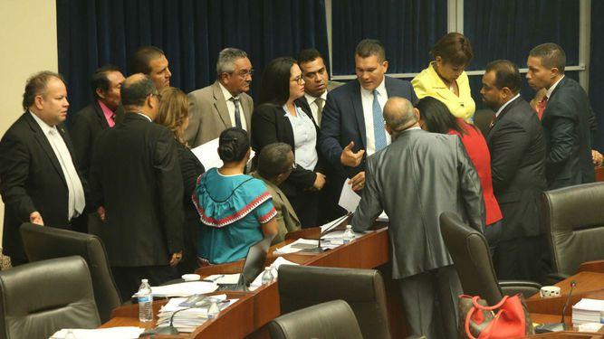 Artículos sobre impugnación trancan debate de las reformas electorales