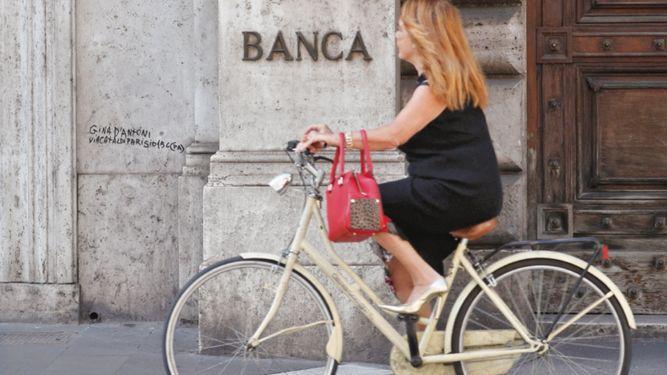 BCE está preocupado por la deuda de Italia