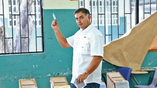 Diputado Adolfo Valderrama será el candidato a alcalde por el oficialismo