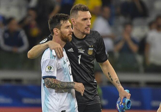 Messi y Armani evitan una tragedia en la Copa América 2019