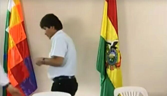 Evo Morales denuncia que hay orden de detenerlo; la Policía lo niega