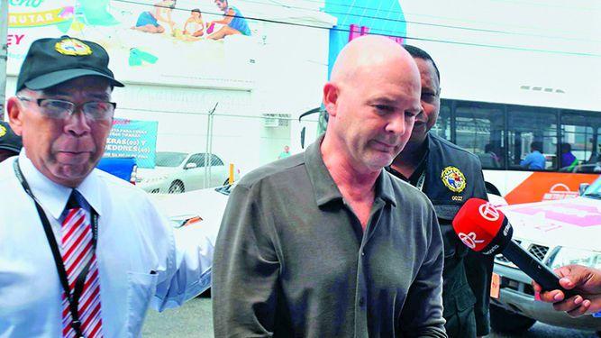 Gustavo Pérez recibe cambio de medida cautelar, pero deberá permanecer en prisión