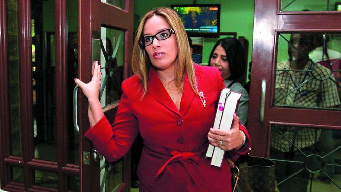 Juez absuelve a González porque no se probó el delito