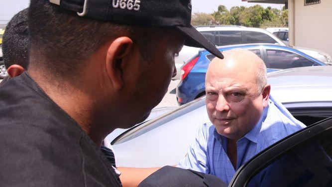 Juez negó pruebas a Richard Fifer y avaló acuerdo del fiscal con Rodrigo Esquivel