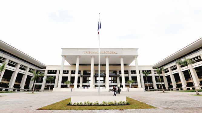Jueza electoral acoge impugnación a candidaturas de Ricardo Martinelli