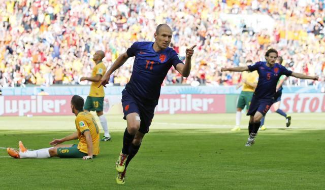 Holanda remonta y vence 3-2 a Australia