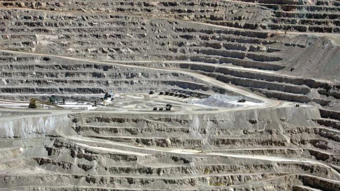 Avanza negociación entre BHP y sindicato de minera Escondida