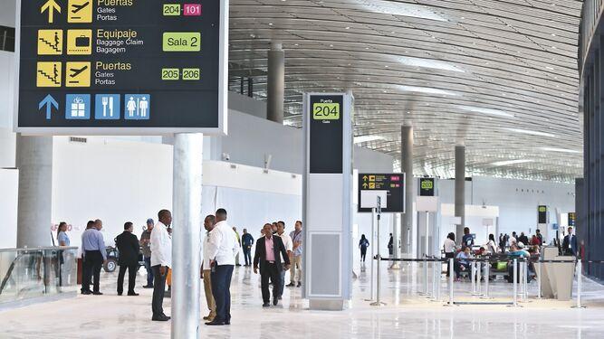 Terminal 2 operará a medias por dos meses