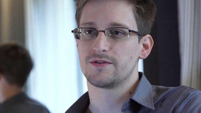 Edward Snowden dice que le 'gustaría mucho' obtener asilo en Francia