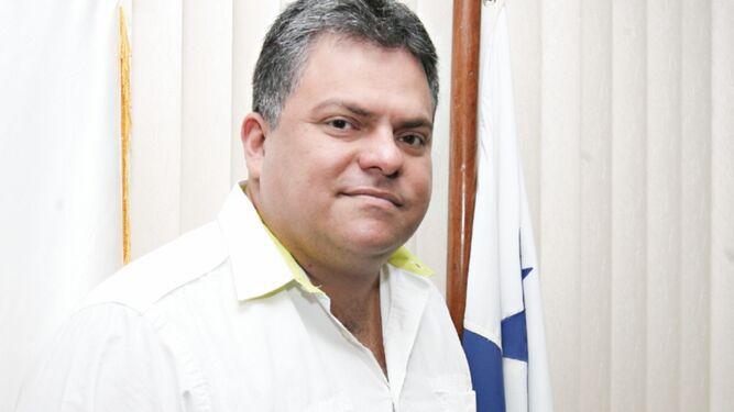 Por ser diputado del Parlacen, caso de Carlos Pérez Herrera pasa a la Corte