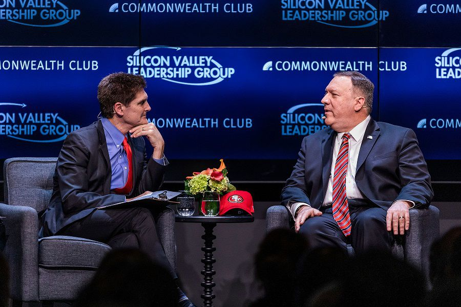 Mike Pompeo advierte a Silicon Valley sobre China a dos días de firma de acuerdo comercial