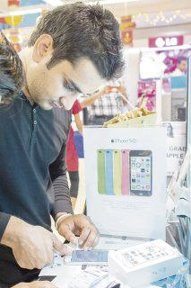 Apple se alista a ganar clientes