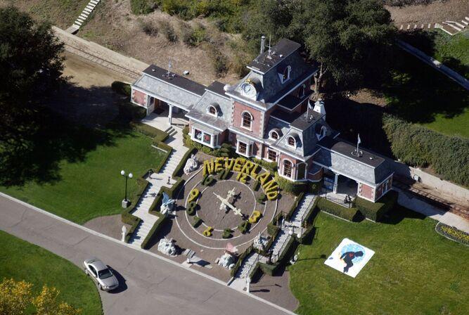 Rancho de Michael Jackson vuelve a la venta a un menor precio